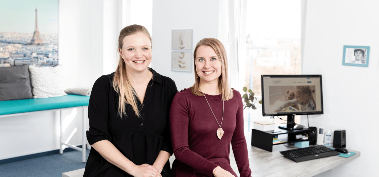 Pia Ohm & Annika Kürschner im Besprechungsraum
